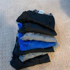 7 pairs of Nike leggings